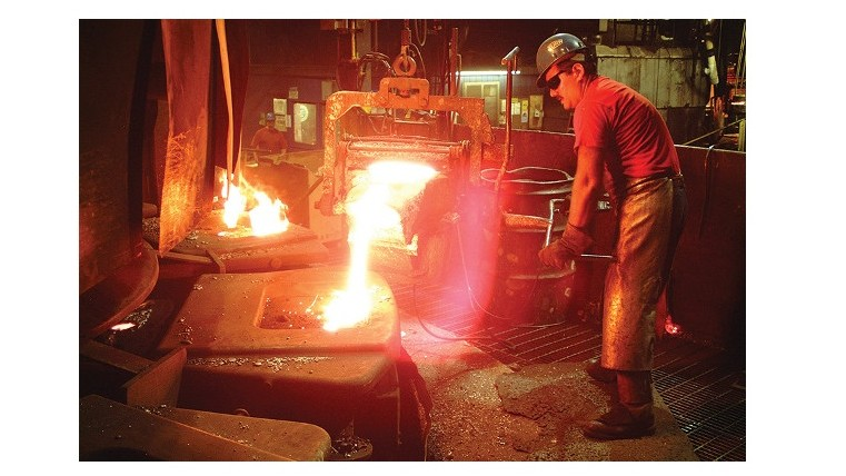 Molten Iron Pouring